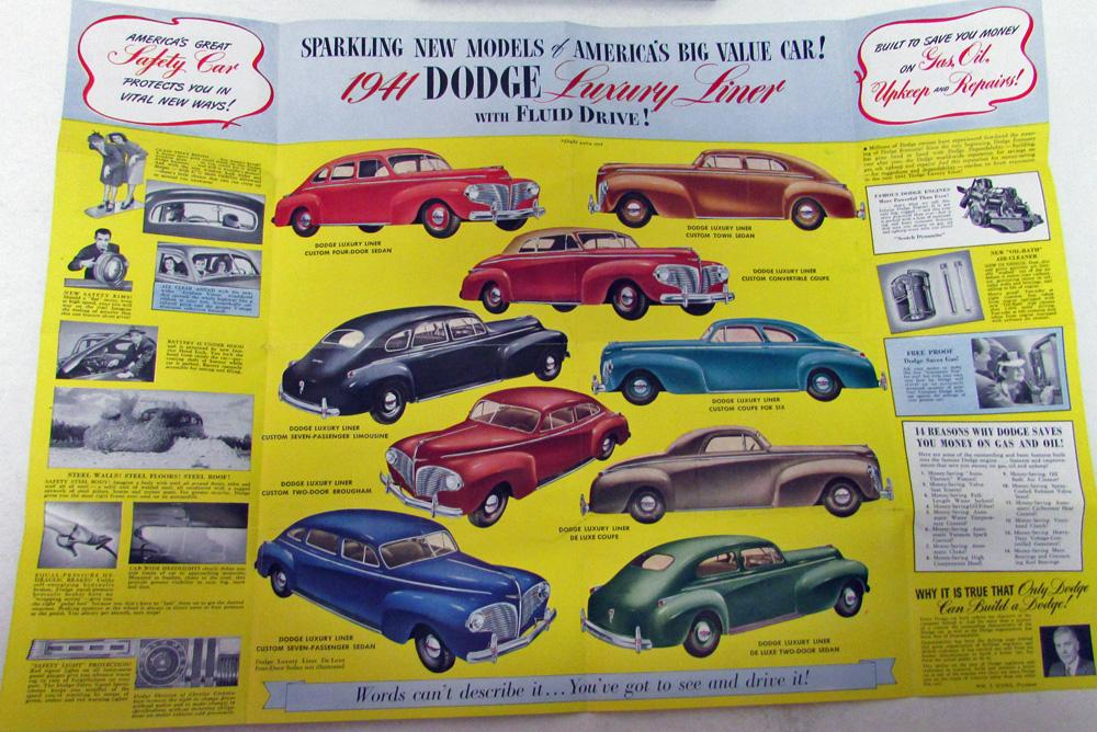 1941 Dodge Dealer Mini Color Pocket Brochure Luxury Liner Fluid Drive