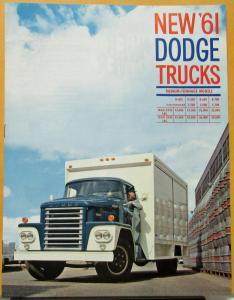 1961 dodge truck r series med tonnage d400 to 700 c500 to 700 sales brochure. Black Bedroom Furniture Sets. Home Design Ideas
