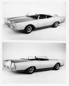 1970 Lincoln Mark III Dual Cowl Phaeton Concept Car Press Photo & Release 0038