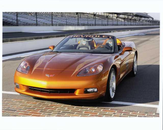 Ron Fellows ALMS GT1 Champion Z06 Press Photo 0004 2007 Chevrolet Corvette