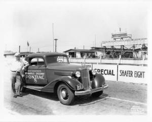 1934 Pontiac 8 at Indianapolis Motor Speedway Photo 0012