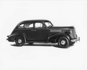 1938 Pontiac Six Four-Door Sedan Press Photo 0013
