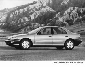 1995 Chevrolet Cavalier Sedan Press Photo 0032
