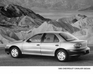 1995 Chevrolet Cavalier Sedan Press Photo 0038