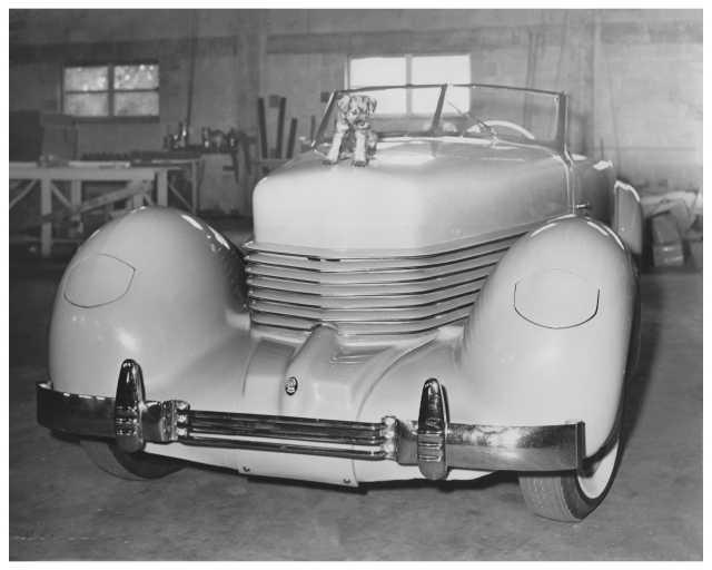 1937 Cord Photo 0002
