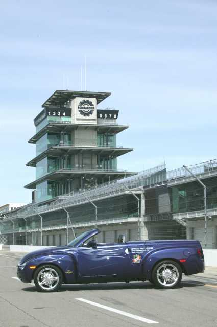 2003 Chevrolet SSR Indianapolis 500 Pace Car Press Photo 0088