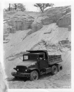1954 GMC M135 Military Dump Truck Vehicle Factory Press Photo 0042