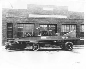1917-1919 Mack Model AK Street Sweeper Factory Press Photo 0007