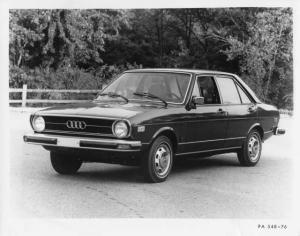 1976 Audi Fox Four-Door Sedan Press Photo and Release 0003
