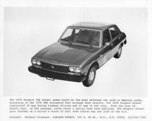 1976 Peugeot 504 Diesel Sedan Press Photo 0004