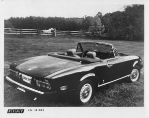 1976 Fiat 124 Spider Press Photo 0010