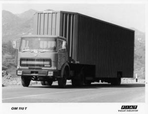 1974 Fiat OM 110 T Truck Factory Press Photo 0011 - Turin Auto Show