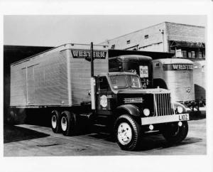 1940s Sterling Western Truck Lines LTD L102 Tractor-Trailer Press Photo 0024