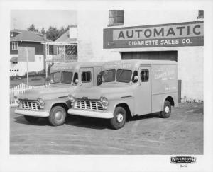 1956 Chevrolet 3700 with Boyertown Body Press Photo 0190 - Automatic Cigarette