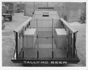 1934 Mack Stake Truck Press Photo 0124 - Tally-Ho Beer - Ridgewood