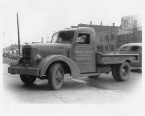 1948 Available Parts & Service Truck Press Photo 0002