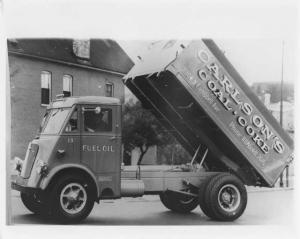 1939 Available Heil  Dump Truck Press Photo 0003 - Carlsons Coal & Coke
