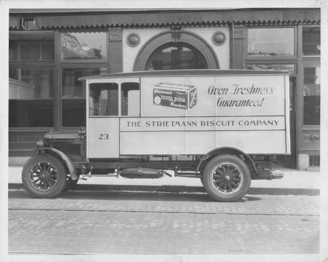 1922-1923 Armleder Model 20 1-Ton Truck Press Photo 0006 - Strietmann Biscuit Co