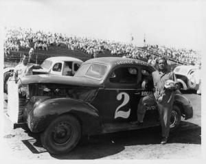 George Muckle - No 2 - Vintage Stock Car Racing Photo 0010