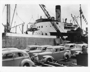1939 Willys Overland Cars on Ship Press Photo 0001