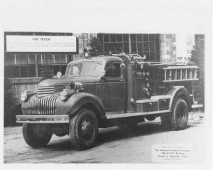 1943-1945 Chevrolet American Coleman Company Fire Truck Press Photo 0284