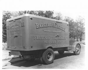 1946-1954 REO Truck with Hercules Body Press Photo 0016 - Barger & Golightly