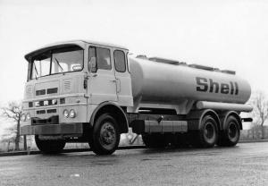 1970s ERF 3-Axle Gas Oil Transport Tanker Truck Press Photo & Rel 0004 - Shell