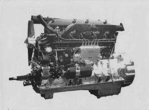 1930s AEC 130 HP 6 Cylinder Engine Press Photo 0010