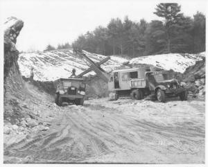1951 Sterling Dump Truck & Link-Belt Shovel Press Photo 0049 - TW Watkins & Son