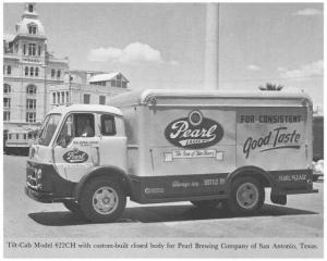 1953-1955 Diamond T 422CH Tilt-Cab Truck Press Photo 0018 - Pearl Lager Beer