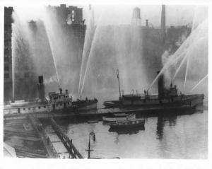 1940s Boston Fire Department Boats Press Photo 0057
