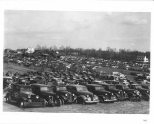1940s Junkyard Salvage Yard Press Photo 0022