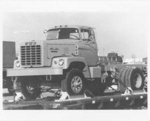 1960-1965 FWD Truck in Transport Press Photo 0009