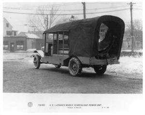 1920 GE LaFrance Mobile Searchlight Power Unit Press Photo 0001