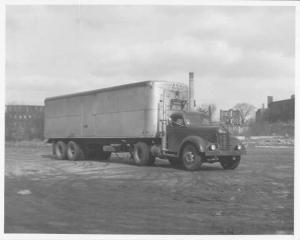 1948 FWD Tractioneer Tractor Trailer Press Photo 0017