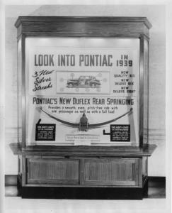 1939 Pontiac Ads in Christian Science Monitor Display Case Photo 0016