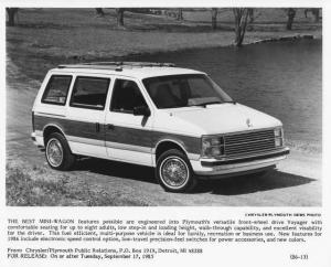 1986 Plymouth Voyager Press Photo 0045