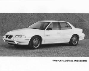 1992 Pontiac Grand Am SE Sedan Press Photo 0096