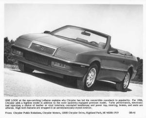 1988 Chrysler LeBaron Convertible Press Photo 0062
