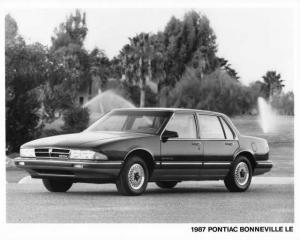 1987 Pontiac Bonneville LE Press Photo 0116