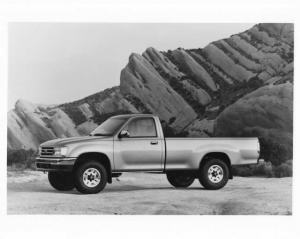 1993 Toyota T100 SR5 4WD Press Photo 0043