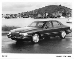 1994 Buick Park Avenue Auto Press Photo 0155