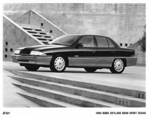1994 Buick Skylark Gran Sport Sedan Auto Press Photo 0161