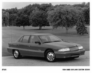 1994 Buick Skylark Custom Sedan Auto Press Photo 0162