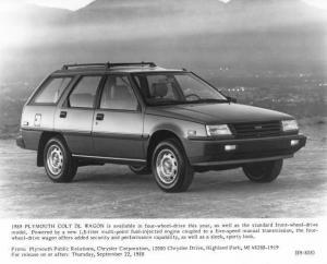 1989 Plymouth Colt DL Wagon Press Photo 0066