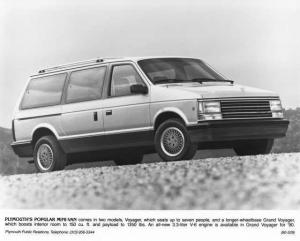 1990 Plymouth Voyager Press Photo 0079