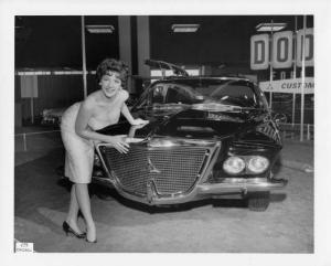 1961 Dodge Flitewing Concept by Ghia Press Photos 0244 - Set of 3